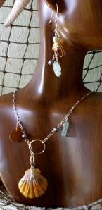 Hawaiian Sunrise shell necklace set