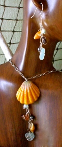Hawaiian Sunrise shell necklace earrings set