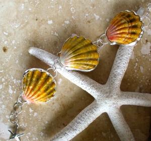 Hawaiian Sunrise three shell bezeled bracelet, sterling silver starfish charm