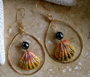 Hawaiian Sunrise Earrings with Tahitian black pearls. 14/20 gold filled