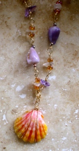 Hawaiian Sunrise sHawaiian Sunrise charm and embellished chain