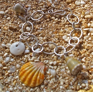 Hawaiian Sunrise/ Hawaiian shell charm bracelet, hammered sterling silver